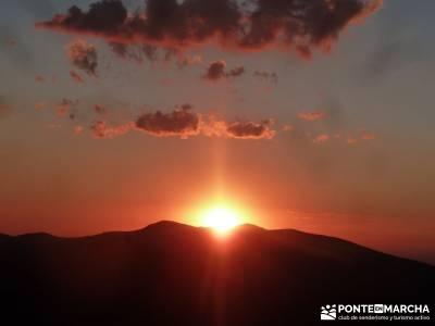Maliciosa- Senderismo Luna Llena; definicion senderismo equipamiento para montaña  viajes grupos re